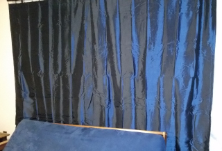 Living room drapes-curtains2