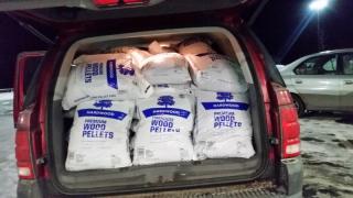 Side door 1 ton of pellets