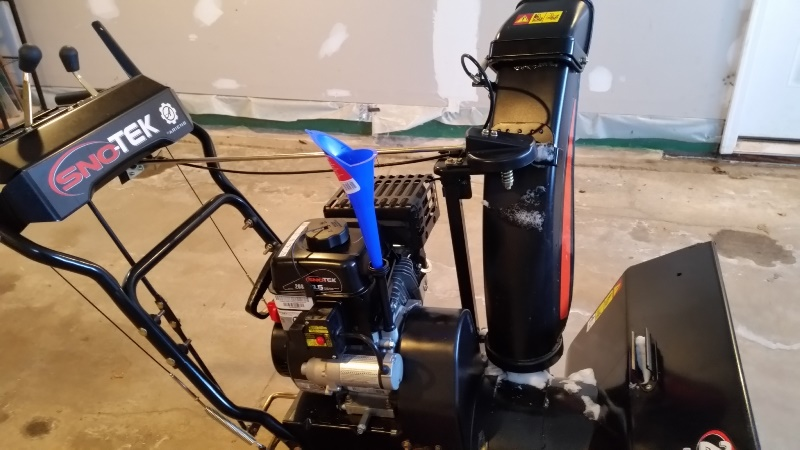 First snowblower oil fill from change