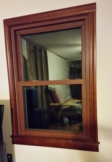Living room small window trim-trnd