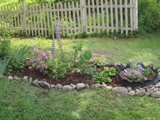 Side flower garden 2