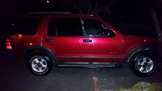 2004 Ford Explorer-sm
