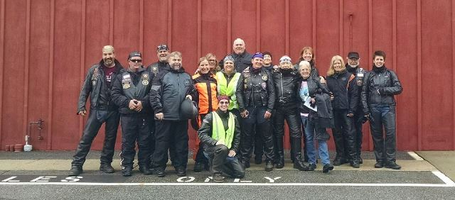 Internation Female Ride Day Group Pic-small