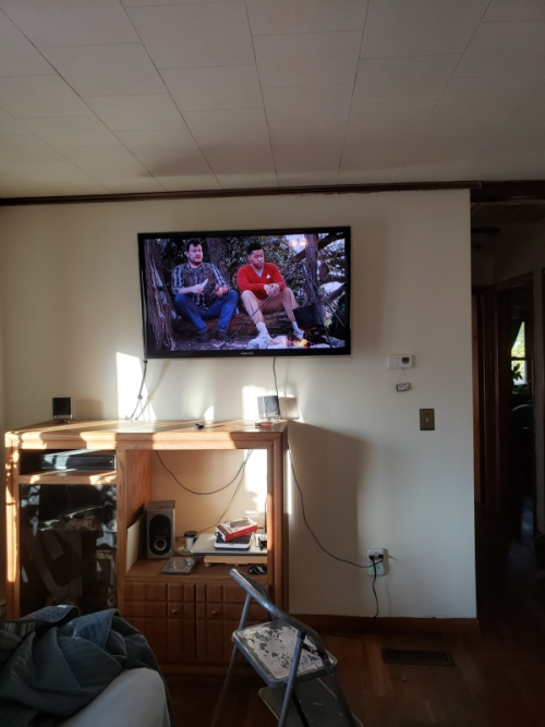 TV mounted-trnd
