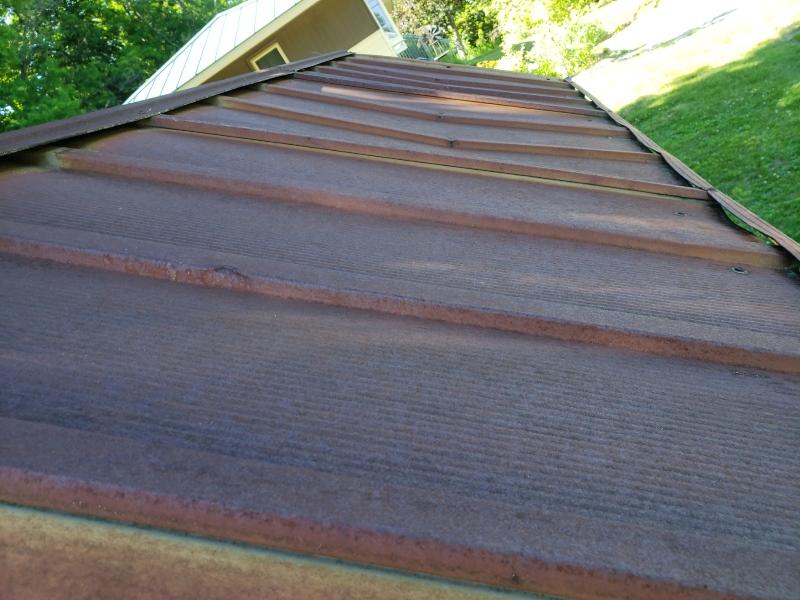 Top Roof dip of metal shed